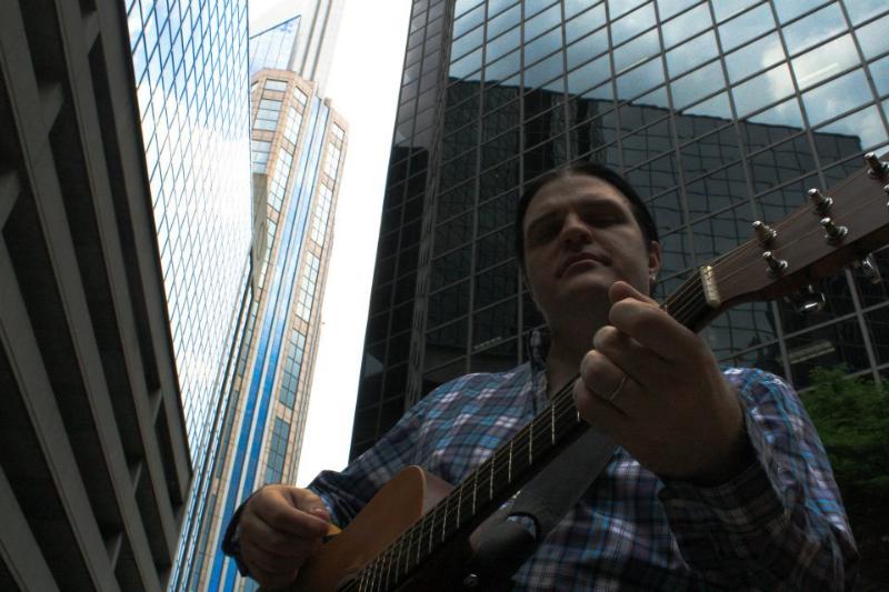 skyscraper-guitar-player